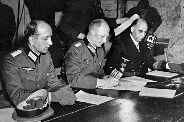 1945-majus-8-kapitulacio_6x4
