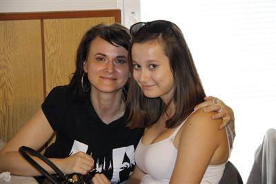 Anya és lánya...a vacsora után   :-)