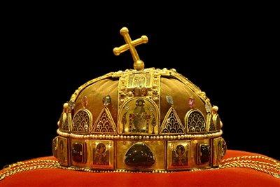 szent korona
