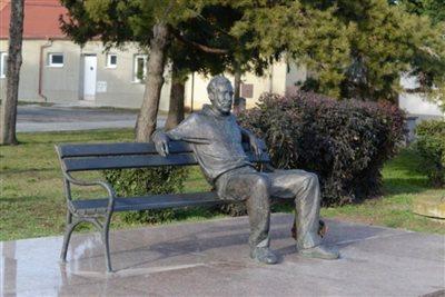 talamon szobor 900x600