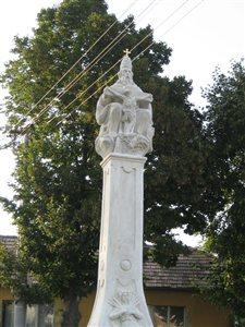 Szt Haromsag szobor02