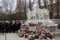 Koszorúzás Pozsonyban a Petőfi-szobornál