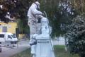 Szenczi M. Albert szobrát tisztították